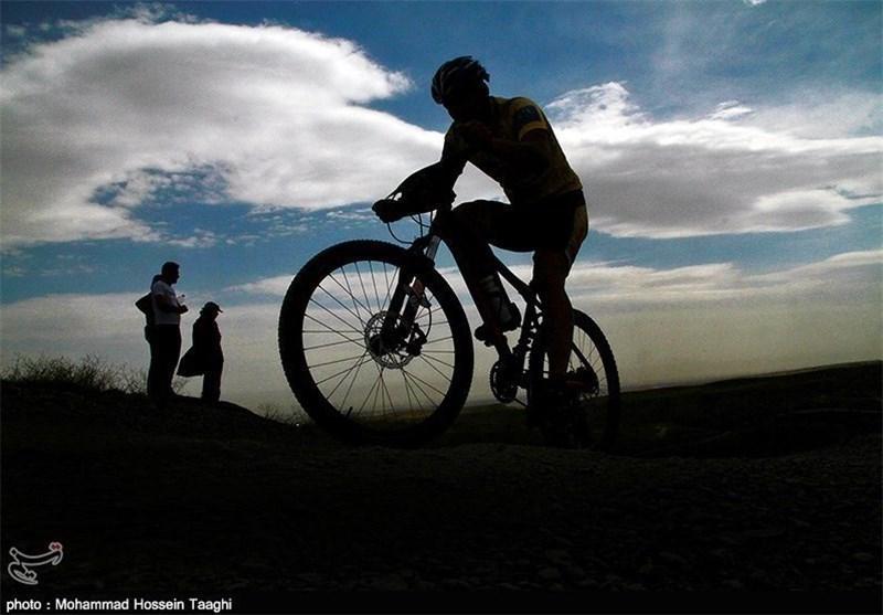مسابقات دوچرخه سواری بام ایران، قهرمانی فراز شکری در روز نخست